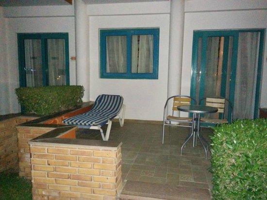 Sunrise Select Garden Beach Resort & Spa: Room patio