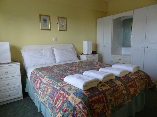 Killarney Haven Apartments: спальня