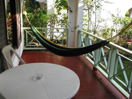Catcha Falling Star Gardens: hammock
