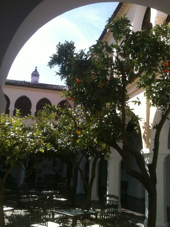 Parador de Guadalupe: Patio