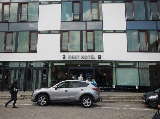 First Hotel Kolding: Hotel facade