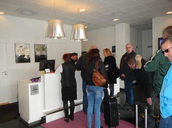 First Hotel Kolding: Reception