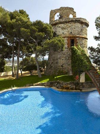 Gran Hotel Rey Don Jaime : Torreon y Piscina