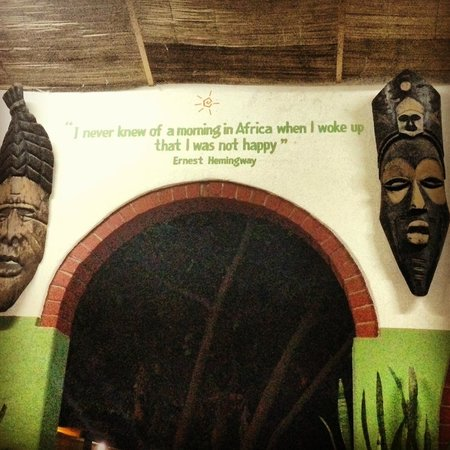 Jollyboys International Backpackers: Quote near quiet seating area