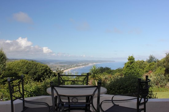 Paradise Cove Guesthouse: A room with a view!