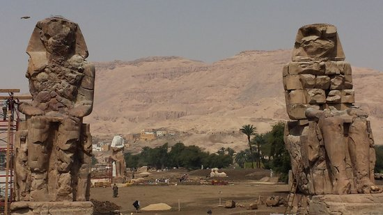 """Tour Egypt Club - Private Day Tours: 2 """"new"""" statues"""