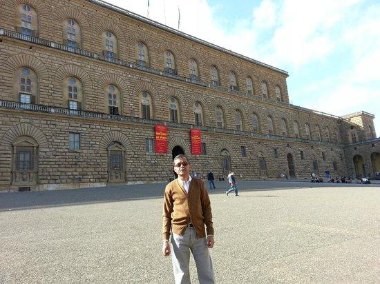 Palazzo Pitti: Pitti Palace - from outside
