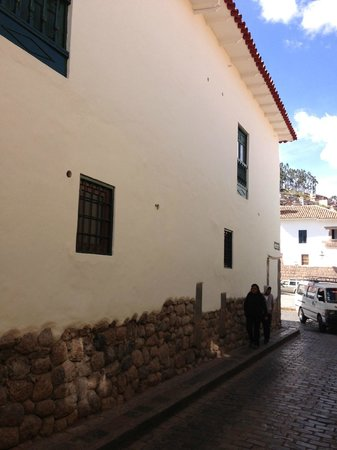 Inkaterra La Casona : Externally (lookup up to our balcony)