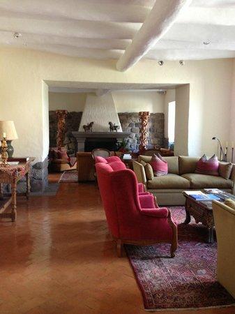 Inkaterra La Casona : Living area (where guests are seated)