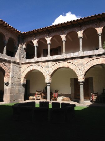 Inkaterra La Casona: Courtyard