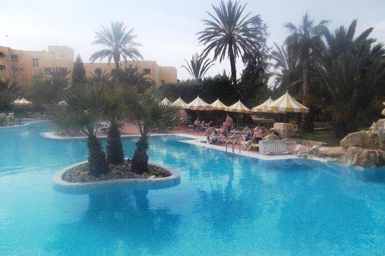Chich Khan hotel : Poolside