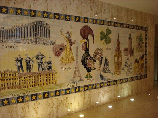 Turim Europa Hotel : Fresque du Hall