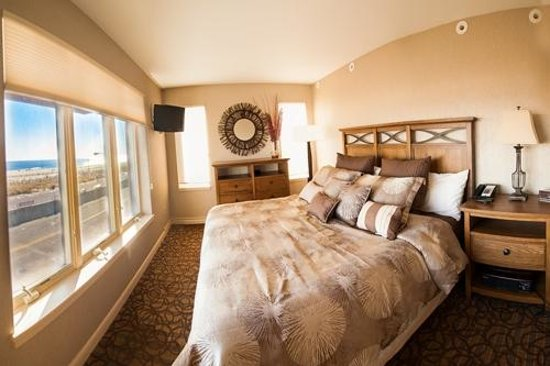 Montreal Beach Resort: Our Lavish Accommodations in the Meridian Suite