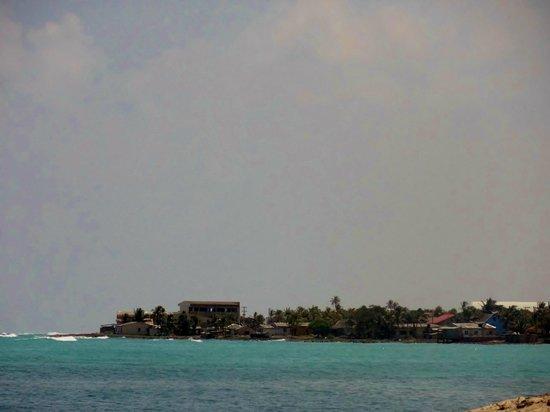 Tomada dede Club de Playa Decameron Rocky Cay