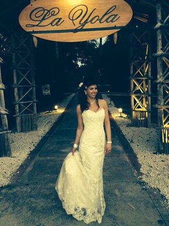 La Yola Restaurant : My Beautiful Bride !!