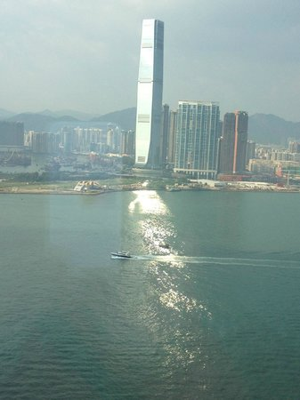 Four Seasons Hotel Hong Kong: 部屋からの眺め