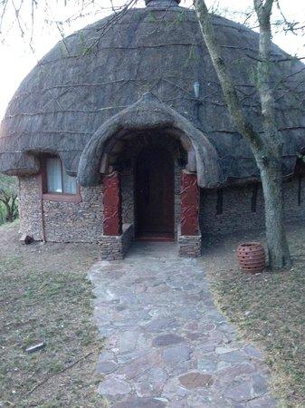 Serengeti Serena Safari Lodge: Notre hutte/chambre