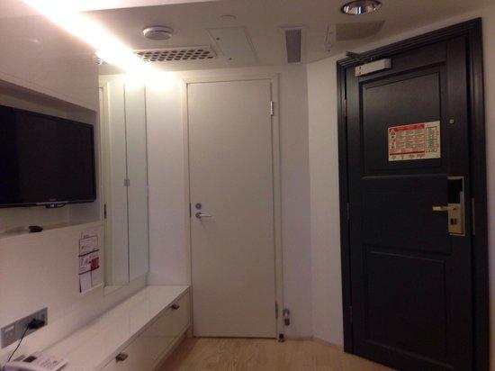 Original Sokos Hotel Villa: Room pic 2