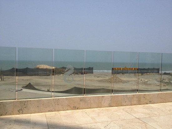 Corales de Indias : Playa en construcción