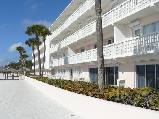Sandcastle Resort at Lido Beach: These are the best rooms upstairs