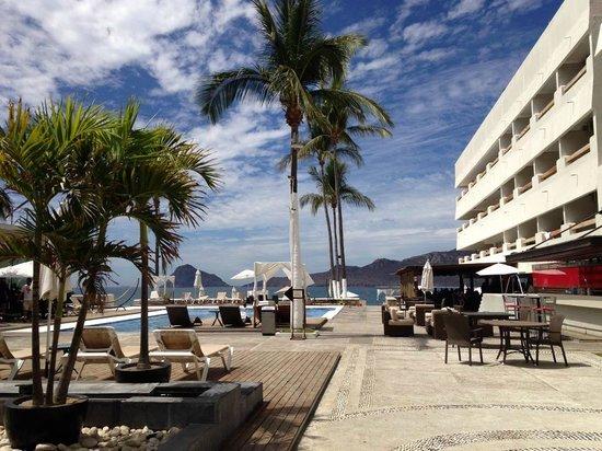 Emporio Mazatlan: Área de alberca