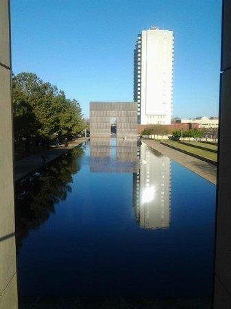 Oklahoma City National Memorial & Museum: Reflection pond