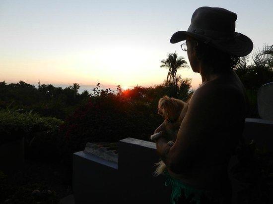 Hacienda de la Costa : Watching sunset with Shell