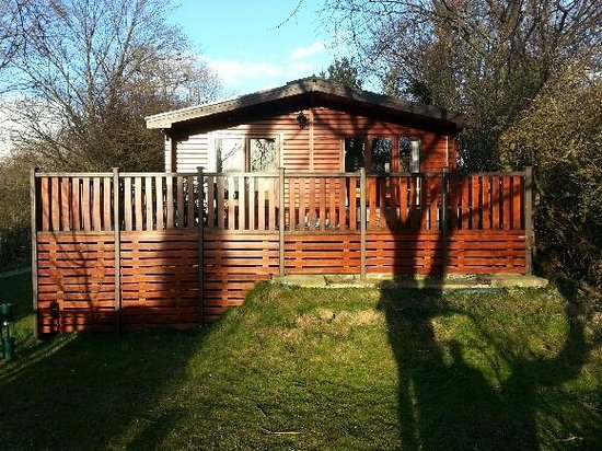 Lindale Holiday Park: Pine Lodge