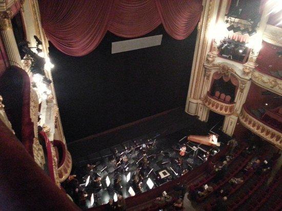 Opéra National du Rhin : Dentro da opera. Visão do Atrium.