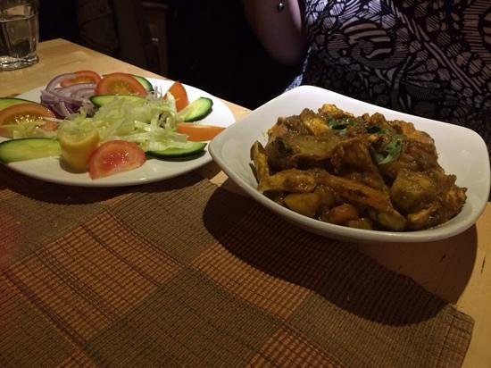 The Corner Cafe: chicken and mixed veg, with a side salad