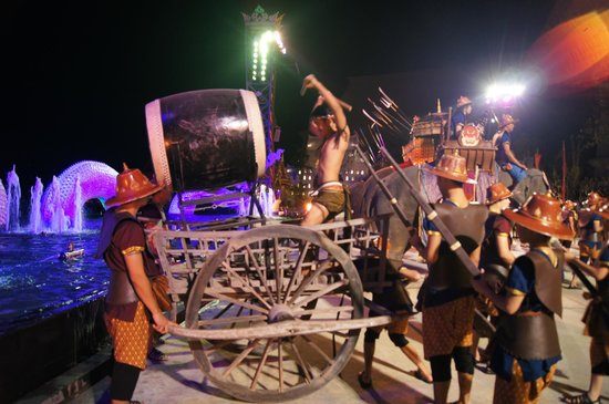 Siam Niramit Phuket: Завершение мини-шоу
