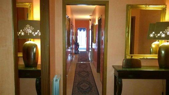 Sant'Antonio Garden: Corridoio 1 piano