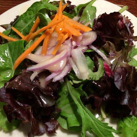 Cal's Wood-Fired Grill & Bar : House salad with lemon citrus vinaigrette