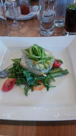 London Street Brasserie: Filo & asparagus main