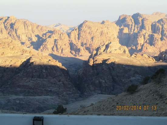 Petra Panorama Hotel: Morning view 4