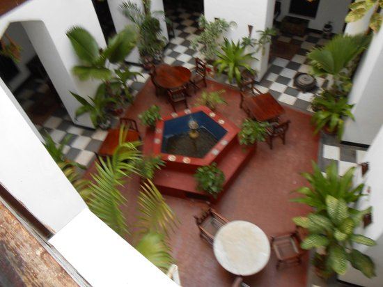 Dhow Palace Hotel : One of two interior courtyards