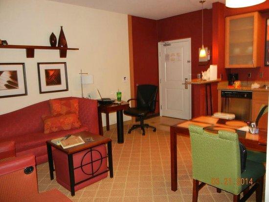Residence Inn Gulfport-Biloxi Airport - Renovated: Sitting area