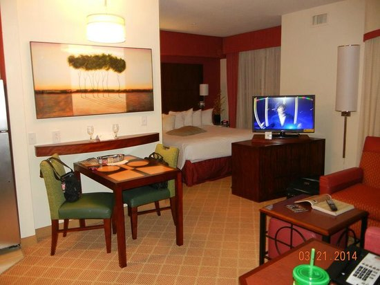 Residence Inn Gulfport-Biloxi Airport - Renovated: Bed