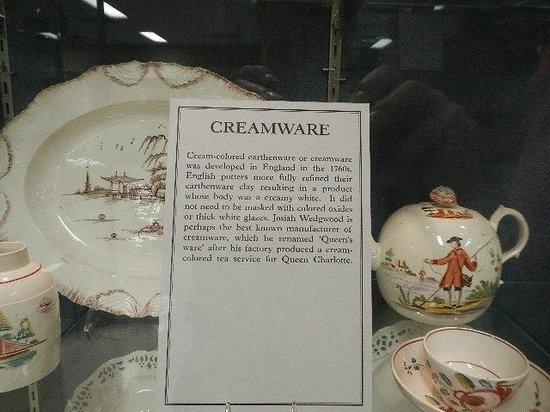 DeWitt Wallace Decorative Arts Museum : creamware