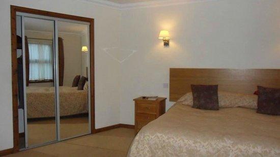 Moness Resort : Bedroom