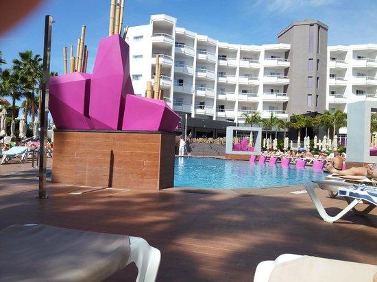 Hotel Riu Don Miguel: Zona de piscina