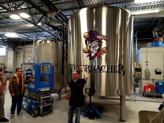 Weyerbacher Brewing Company : Tour guide