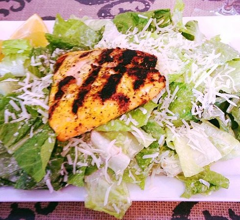 Fresh - Farm to Table: Grilled salmon Cesar salad
