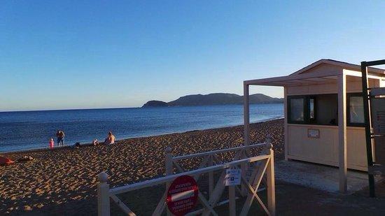 Marelen Hotel: The beach