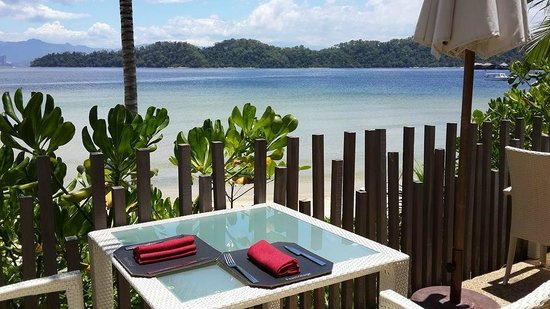 Gaya Island Resort: Dining with stunning scenery