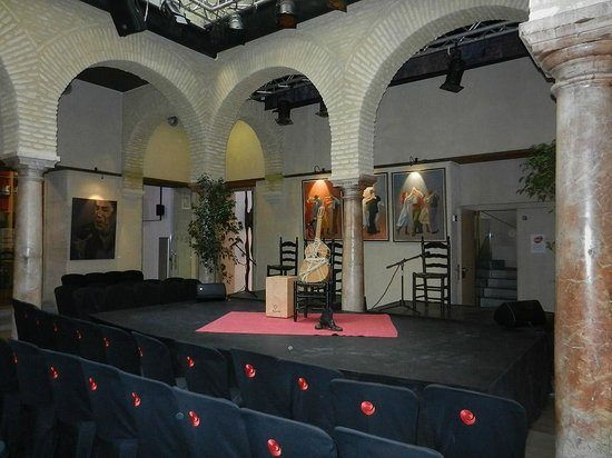 Museo del Baile Flamenco : Vor einer Flamenco Show