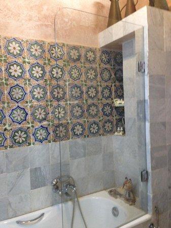 Dar Ben-Gacem: banyo