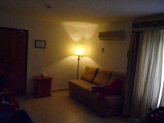 Hotel Rocamar : Antesala de la habitación