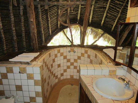 Forest Dream Resort: bathroom