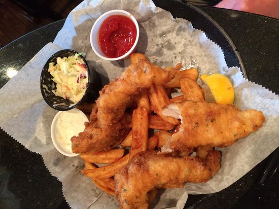 Lola's Seafood Eatery: Famous fish and chips